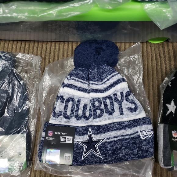 f51cd5e103d Dallas Cowboys beanie.  15. NWT